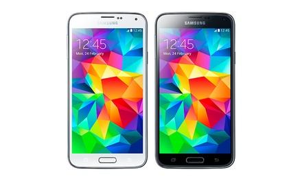 Samsung Galaxy S5 com ecrã full HD de 5,1' e câmara de 16 MP desde 439€