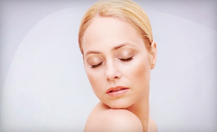 $39 for a Custom Signature Facial at LA Eyebrow ($85 Value)