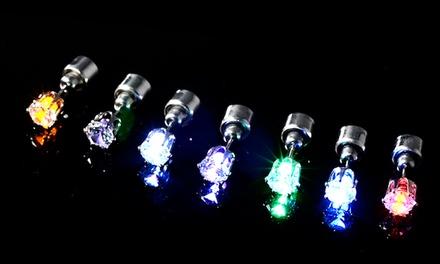 Conjunto de 2 ou 4 brincos Night Shine com LED desde 7,99 € (até 85% de desconto) com envio gratuito