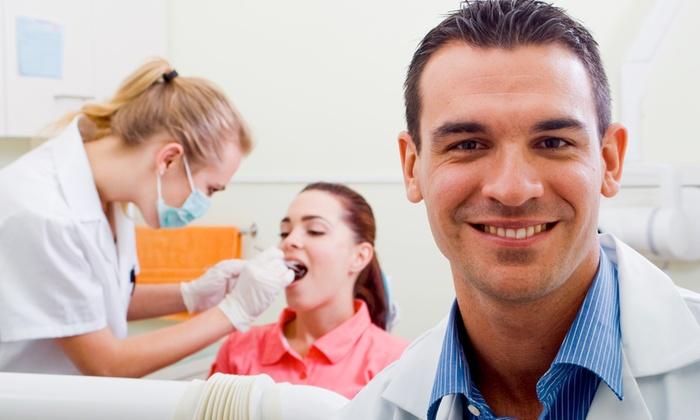 Dott Andrea Pasquale  Regina - Montesilvano (PE): Visita, pulizia denti e smacchiamento con in più otturazione e sbiancamento da 24,99 €
