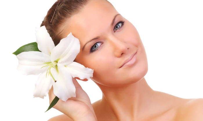 The Beauty - THE BEAUTY: 3 sedute di bellezza viso con trattamenti a scelta da 29 € invece di 135