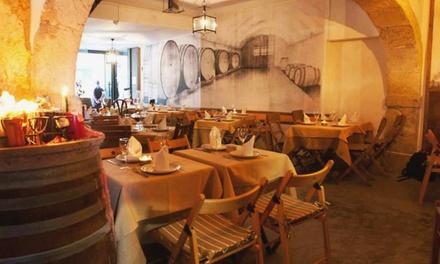 Adega dos Fadistas — Alfama: jantar para 2 ou 4 com entradas, pratos principais, sobremesas e bebidas desde 39,90€