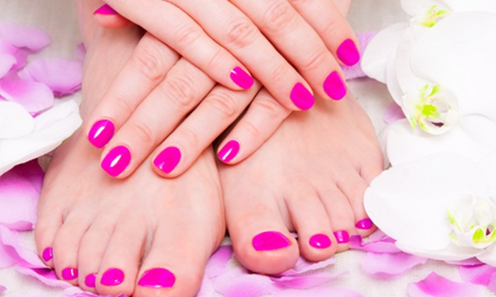 Shellac Nails For Hands or Feet (£10) or Both (£18) at Forever Young