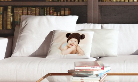 Uma almofada personalizável com fotos por 12,99€ ou duas por 24,99€