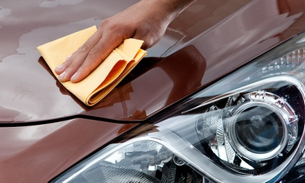 Wash It: lavagem automóvel interior e exterior ao domicílio com opção de estofos e polimento de faróis desde 9,90€