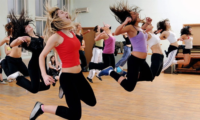 Carlitos Macumba - L'Ecole des Tattes: 5 or 8 Zumba classes of 1h each from CHF 39.90 with Carlitos Macumba
