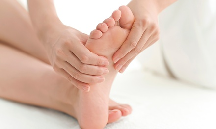 Reflexology Session, Reiki Session, or Both at Luxuria Holistic Center (57% Off)