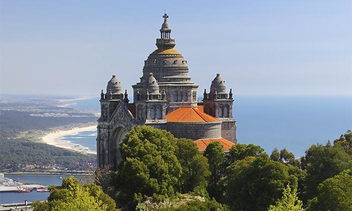 Rali Viana — Viana do Castelo: 2, 3 ou 5 noites para dois com pequeno-almoço, espumante e fruta no quarto desde 89€
