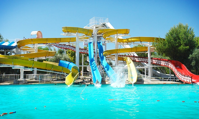 Acquapark - Bari: Acquapark - 2 ingressi 16,99 € al parco acquatico alle porte di Bari più trancio di pizza