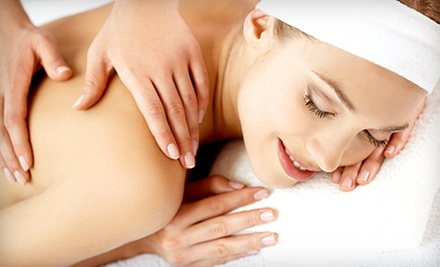 50-Minute Massage with Aromatherapy or a 30-Mintue Massage and a 20-Minute Detox at OneZen Life (Up to 55% Off)