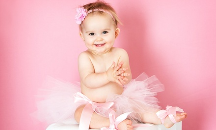 One or Two One-Hour Baby-Photo Sessions with Prints at Studio Art Maria (Up to 80% Off)