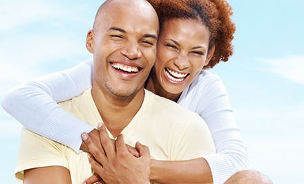 $2,799 for a Complete Invisalign Treatment and Teeth Whitening at Henrickson Dental ($6,350 Value)