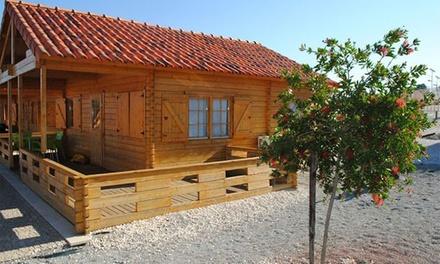 Naturwaterpark - Parque de Diversões do Douro: 1 ou 2 noites para duas pessoas em bungalow com late check-out desde 35€