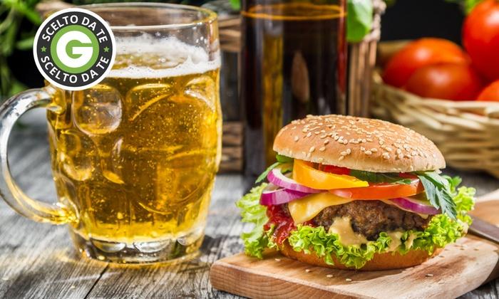 La Tana Di Partenope - Napoli: Menu pub con una o 3 birre alla spina da 19 €