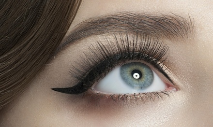 Full Set of Eyelash Extensions at Distinctive Lashes (60% Off)