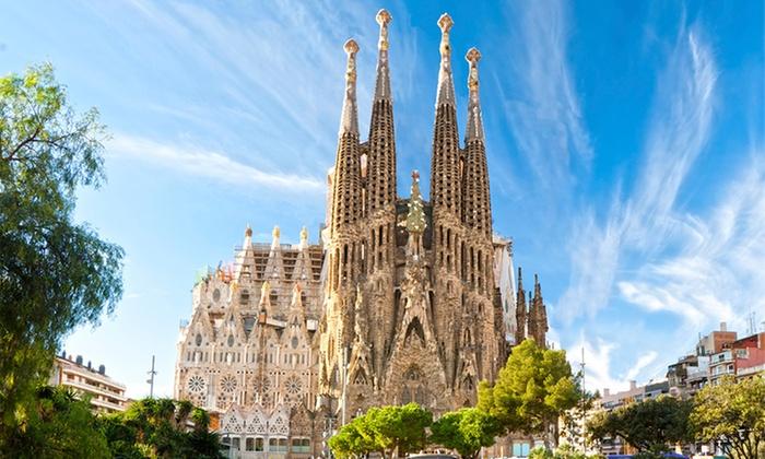Madanis Hotel 4* — Barcelona: 1-5 noites para duas pessoas com pequeno-almoço, late check-out e estacionamento desde 65€