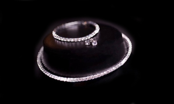 Groupon Goods: Jewellery Tri Set Made With Swarovski Elements for R299.99 Including Delivery (70% Off)