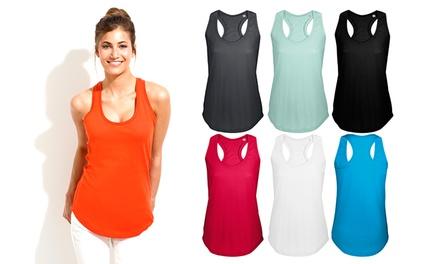 Pack de 10 tops disponível em várias cores por 39,99€