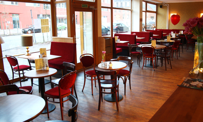 Cafe MAY(Zentrale) in Hamburg, HH | Groupon
