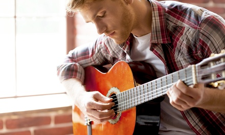 $5 for an Online Beginners' Guitar Course from SkillSuccess ($199 Value)