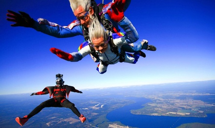 $120 for a Tandem Skydiving Jump from Skydive Palatka ($185 Value)