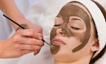 Chocolate Facial or 60- or 90-Minute Anti-Aging Facial atHawaiian Experience Spa (Up to 56% Off)