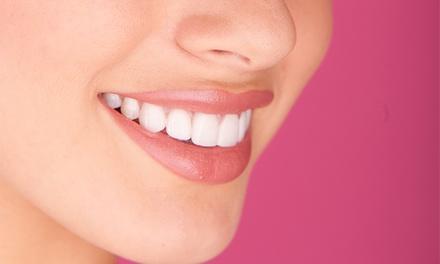 Pronto Dente — 3 localizações: limpeza dentária com destartarização e opção de branqueamento LED desde 12€