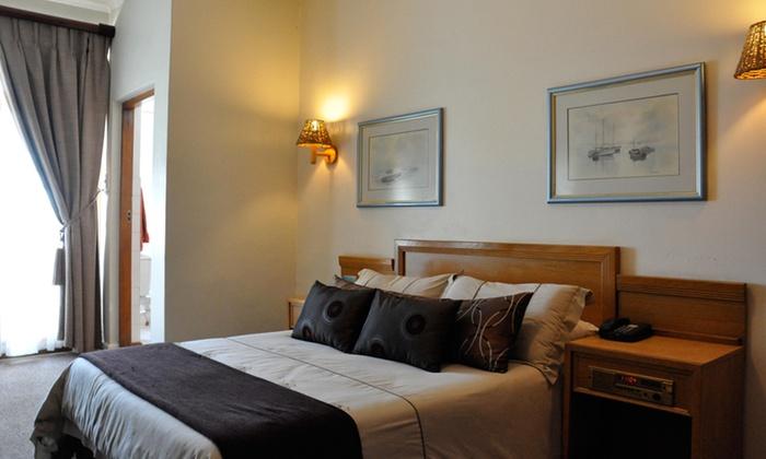Lambert's Bay Hotel - Merchandising (ZA): West Coast: B&B Accommodation at Lamberts Bay Hotel