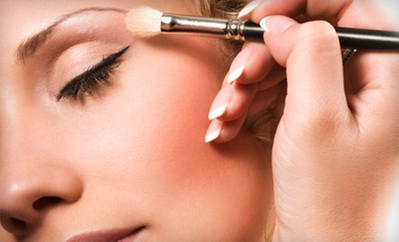 Private Makeup Class, Application, and a Seven-Piece Brush Set for One or Four at Head 2 Toe Boutique (Up to 77% Off)