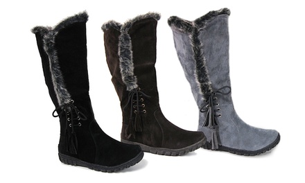 Carrini Women's Faux-Fur-Trimmed Boot