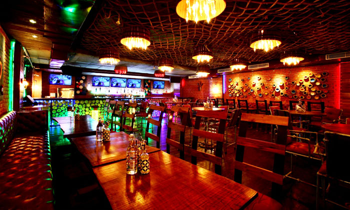 Unlimited Food And Drinks Offer In Bangalore