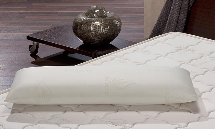 Duas almofadas viscolásticas de 70 cm por 29,95€ ou quatro por 49,95€