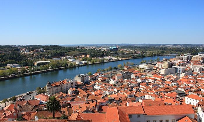 Almedina Coimbra Hotel — Coimbra: 1 ou 2 noites para dois com bilhetes para o Portugal dos Pequenitos desde 49€