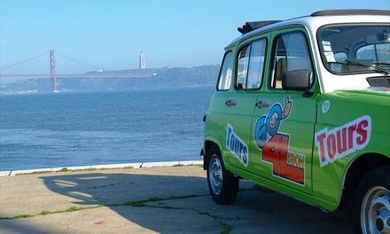 Go4Lisbon — Baixa: passeio de Renault 4L por Lisboa para até 4 pessoas por 22€