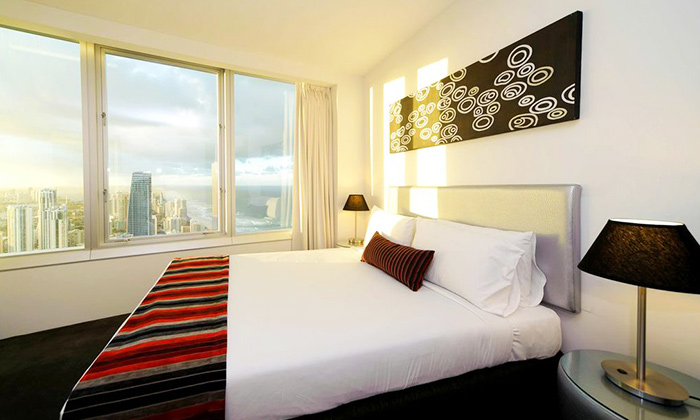Surfers Paradise: 7-Night Stay 2