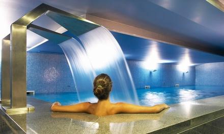 Riviera Hotel Carcavelos 4*: 1 noite para dois em quarto duplo com pequeno-almoço, welcome drink e acesso ao spa por 69€