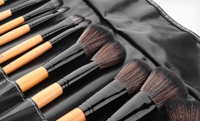 Ellore Femme 24-Pc Makeup Brush Set
