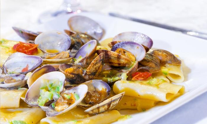 Ristorante Eden - Ristorante Eden: Pranzo di pesce con 3 o 4 portate e vino nel centro storico di Senigallia da 24,90 €