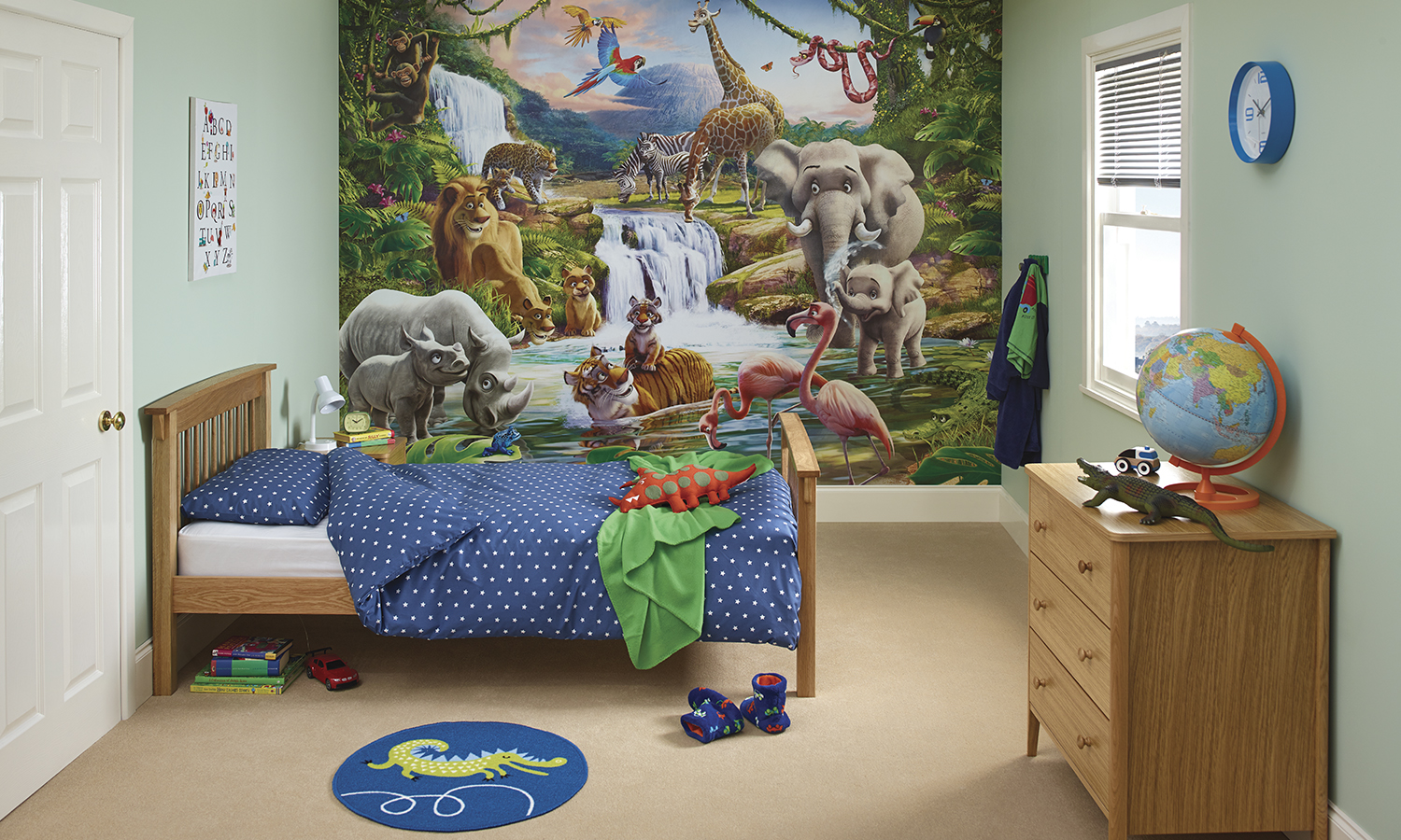Dulux kids 39 bedroom in a box groupon goods for Dulux childrens bedroom ideas
