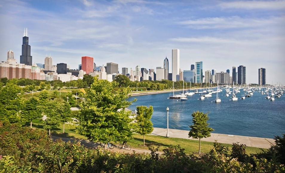 With More Deals Than Ever And 1 000s Of Hotels Offering A 5 Groupon Bucks Credit 3 Star Hotel Near Ping In Chicago