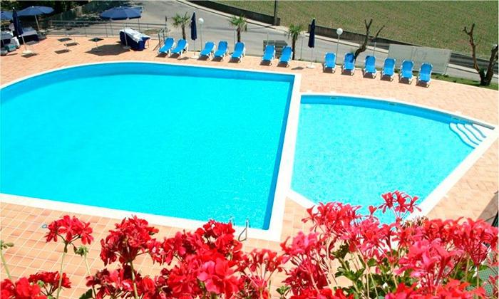 Tulip Inn Estarreja Hotel & Spa 4* — Estarreja: 1 ou 2 noites para dois com pequeno-almoço, spa e um jantar desde 64€