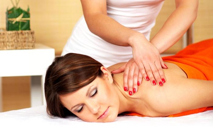 Tutto il Resto è Noia - Grezzana (VR): 3 massaggi di un'ora a scelta più fanghi da 29,90 €