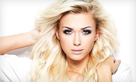Hair&Co — Baixa: corte de cabelo com hidratação com queratina e opção de coloração ou madeixas desde 14€