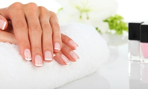 Spa at Highland Oaks: Mani-Pedis