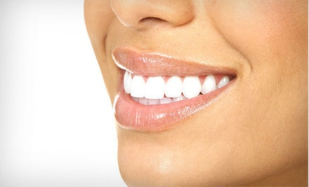 $2,599 for a Complete Invisalign Treatment at Houston Cosmetic Dentists ($5,198 Value)