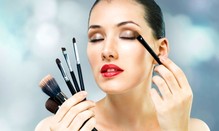 Make Up London Academy - New Location: Three-Hour MAC Make-Up Masterclass For One (£38) or Two (£76) at Make Up London Academy (80% Off)