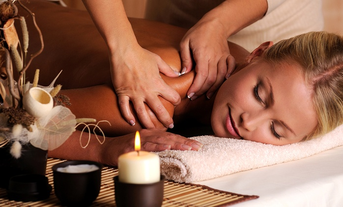 1-Hour Relaxing Massage Package