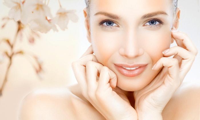 Flair Kosmetik am Eck - Flair Kosmetik am Eck: 60-minütige Gesichtsbehandlung inkl. Mikrodermabrasion und Enzympeeling bei Flair – Kosmetik am Eck ab 29,90 €