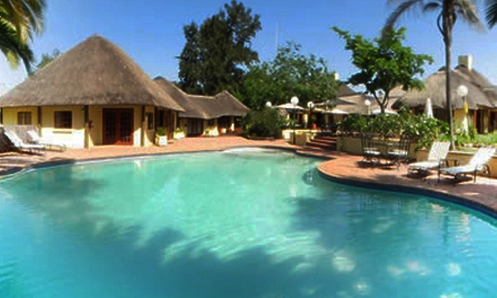 Shumba Valley Lodge - Shumba Valley Lodge: Sunday Lunch and B&B Accommodation at Shumba Valley Hotel Lodge