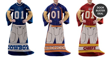 NFL Player Comfy Throws. Multiple Teams Available. Free Returns.